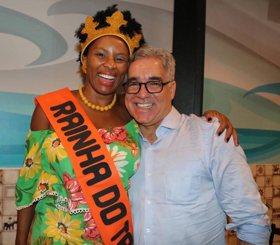 Zé Neto participa da eleição da Majestade do Bloco Tracajá, em Feira