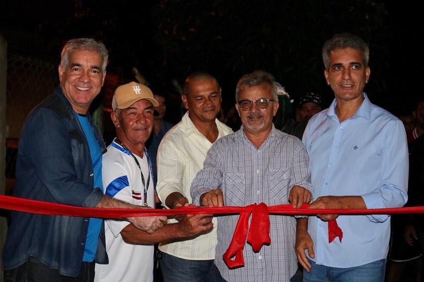 Zé Neto participa da reinauguração das duas quadras poliesportivas do CSU